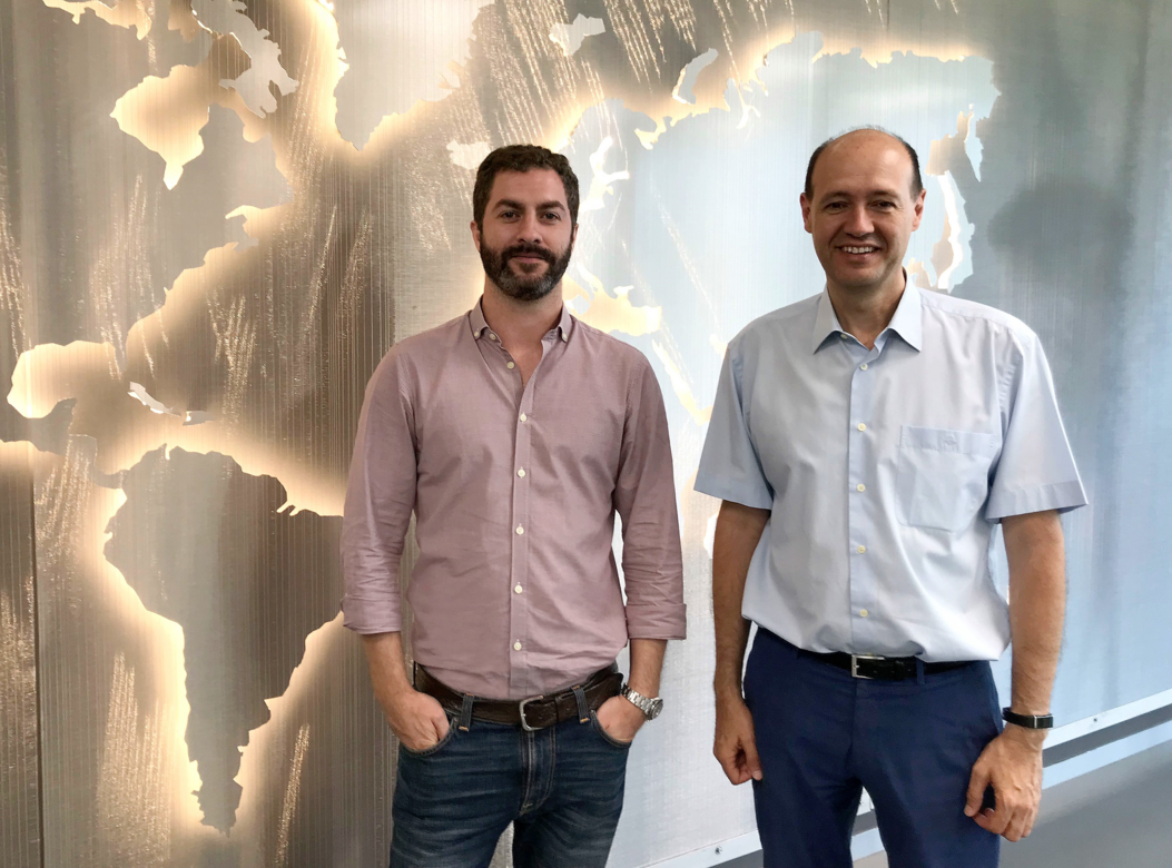 From left to right: Ignacio Fernandez, CEO & Founder of Clue Technologies, and Pedro Pablo Sánchez, Head of Innovation at AERTEC Solutions
